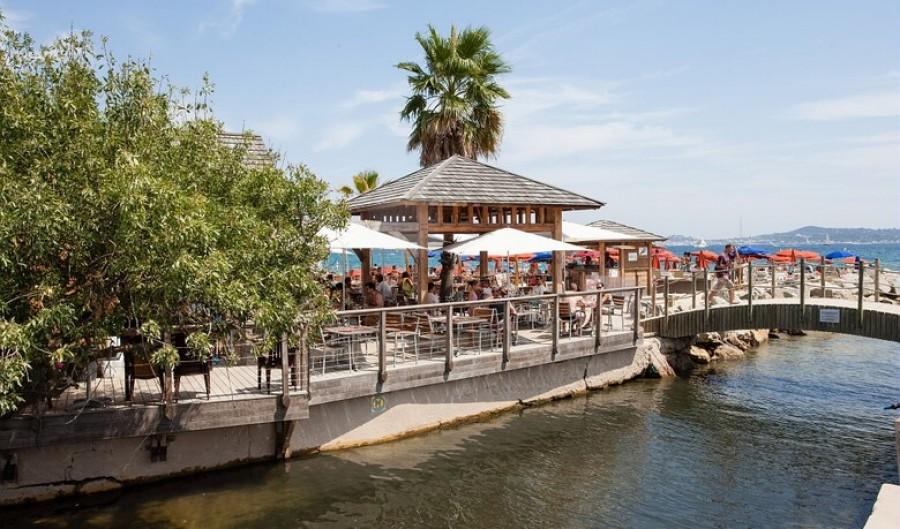 Restaurants bars huisje cote d 39 azur - Camping prairie de la mer port grimaud ...